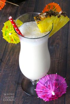 Learn how to make a Pina Colada at how with this easy Pina Colada recipe, made without the store bought mixes! A real Pina Colada! Protein Shakes For Kids, Protein Shake Recipes, Easy Smoothie Recipes, Easy Smoothies, Smoothie Drinks, Mix Drinks, Protein Smoothies, Fruit Smoothies, Beverages