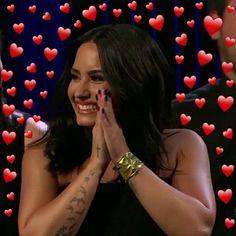 Demi Lovato Pictures, Heart Meme, Memes, Concert Fashion, Real Queens, Female Girl, Girl Boss, Selena Gomez, Role Models