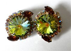 Vintage Watermelon green crystal Juliana rivoli  clip earrings.  $39.00