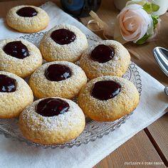 The Best Italian Cookie Italian Cookie Recipes, Italian Cookies, My Favorite Food, Favorite Recipes, Cake Recipes, Dessert Recipes, Crazy Cookies, Biscotti Cookies, Cookie Tray