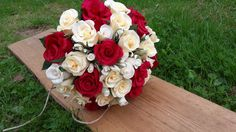 Red Light Ivory_Ivory Bride Bouquet Wedding by moniaflowers