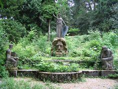 Athena´s birth sculpture at Stuttgart.