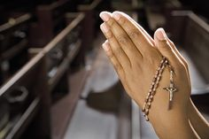 What do Catholics mean when they refer to a prayer as a novena? Find the definition of novena and examples of popular novenas.