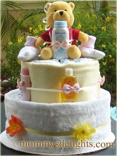 Diaper Cakes and Baby Shower gifts: Winnie the Pooh Flowers Diaper Cake - Modern Baby Boy Shower, Baby Shower Gifts, Baby Gifts, Baby Showers, Recees Cake, Wiggles Cake, Diaper Bassinet, Lolly Cake, Picnic Dinner