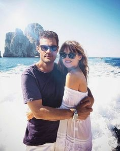 Jamie Dornan e Dakota Johnson 50 Shades Trilogy, Fifty Shades Series, Fifty Shades Movie, Jamie Dornan, Christian Grey, 50 Sombras Grey, Fifty Shades Quotes, Anastasia Grey, Fangirl