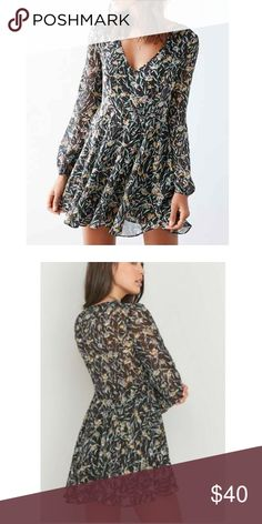 Kimchi Blue floral dress Kimchi Blue floral dress Urban Outfitters Dresses