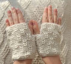 hand warmer pattern (though I would make them much longer)