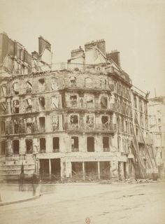Rue de Rivoli (angle de la rue Saint Martin) - Insurrection de Paris, 1871 / Wulff Jeune phot.