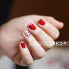 @jini_naildesigner #네일 #네일아트 #41shop #젤네일 #청담네일 #청담동네일 #nail #nails #nailart #naildesign #nailswag #unique #koreanail #beauty #seoul #nailstagram #웨딩네일 #weddingnail #강남네일샵 #청담네일샵 #美甲 #指甲彩绘 #指甲油 #ネイルアート #ジェルネイル #ネイル #凝膠 #指甲彩繪 #指甲 Short Red Nails, Short Nails Art, Minimalist Nails, Gel Nail Art, Nail Manicure, Nail Polish, Pretty Nails, Fun Nails, Korean Nail Art