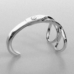 02_scissor_bracelet.jpg