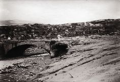 Aftermath of Mt Pelee, Martinique, 1902 | Flickr - Photo Sharing! Le pont sur la Roxelane, à Saint-Pierre, après...