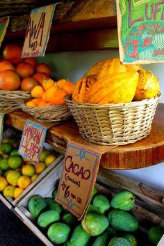market. orange. yellow. green. fruit. photography.