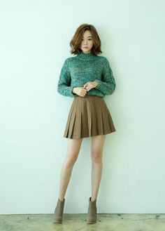 Fashion ideas for korean fashion outfits 153 Female Pose Reference, Pose Reference Photo, Hand Reference, Korean Fashion Trends, Asian Fashion, Female Fashion, High Fashion, Mode Kawaii, Fashion Model Poses