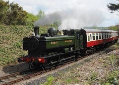 The Bodmin & Wenford Railway - Ex G. Pannier Tank - No 4612 - Aproaching Bodmin General Train Car, Train Tracks, Heritage Railway, Steam Railway, Abandoned Train, Bonde, British Rail, Great Western, Train Engines
