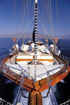 A five-cabin wooden luxury yacht sailing the coast of Turkey and among Aegean islands of Greece Yachting Club, Yacht Boat, Sail Away, Set Sail, Wooden Boats, Tall Ships, Sardinia, Water Crafts, Sailing Ships