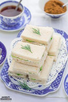 Cucumber Tea Sandwiches, Tea Party Sandwiches, Finger Sandwiches, Healthy Sandwiches, Savory Snacks, Snack Recipes, Tea Sandwich Recipes, Sandwich Cream, Afternoon Tea Recipes