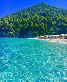 19 Beautiful Greek Islands You Should Visit Greece is among those nations that you'll never ever get bored of checking out. With thousands of little islands as well as the gorgeous mainland, it's a location that simply improves w… Best Places To Travel, Cool Places To Visit, Dream Vacations, Vacation Spots, Skopelos Greece, Skiathos, Beaches In The World, Greek Islands, Beautiful Beaches