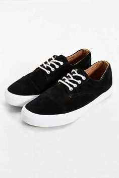 ca20b998f11 Vans Dillon Suede Sneaker - Urban Outfitters New Man Clothing