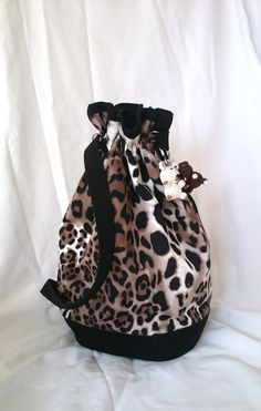 leopard bag bucket bag large leopard handbag trendy by SUNSUELLE
