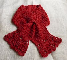 A very easy, feminine, easy wear, crocheted scarflet in a bright, vibrant color by Craftybegonia. FREE pattern!