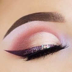 See this Instagram photo by @beautybakeriemakeup • 5,371 likes