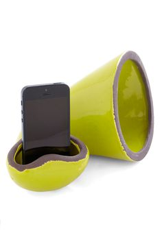 Hold the Phonograph Cell Phone Speaker - and it's not even ugly.