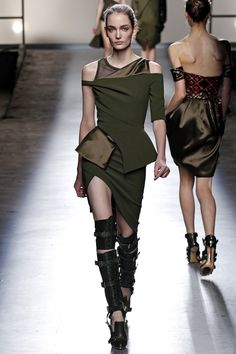 Prabal Gurung Fall 2013 RTW - Review - Fashion Week - Runway, Fashion Shows and Collections - Vogue