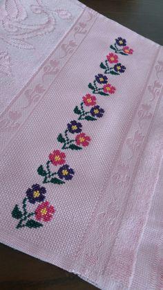 Etaminhavlu Cross Stitch Tattoo, 123 Cross Stitch, Cross Stitch Flowers, Cross Stitch Embroidery, Cross Stitch Patterns, Hand Embroidery Design Patterns, Lace Tattoo Design, Ornamental Tattoo, Baby Knitting Patterns