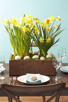 Spring dining and entertaining using eggs as place cards plus a daffodil centerpiece. #entertaining