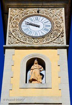 SI04 - Détails de la Tour de l'Horloge à Sisteron - Alpes de Haute Provence 04