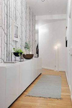 Do You Need Inspiration for Modern DIY In Your Home? Interior Design Living Room, Living Room Designs, Interior Decorating, Decoration Hall, Flur Design, Diy Design, Design Ideas, Cole And Son Wallpaper, House Entrance