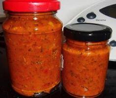 Rezept Tomatensoße (mit Paprika und getrockneten Tomaten) auf Vorrat von jule328 - Rezept der Kategorie Saucen/Dips/Brotaufstriche