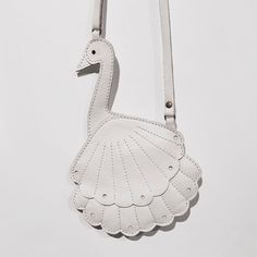 """148 curtidas, 3 comentários - CIFF KIDS (@ciff_kids) no Instagram: """"Beautiful finds at the fair includes... this pretty swan tote bag as seen on the stand of…"""""""