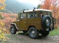 1976 toyota land cruiser... yes please.