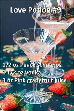 Nadire Atas on Cocktail Drinks to Remember Peach schnapps vodka Fancy Drinks, Bar Drinks, Cocktail Drinks, Yummy Drinks, Cocktail Tequila, Champagne Margaritas, Drink Bar, Detox Drinks, Yummy Recipes