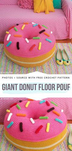 Fun crochet floor pillow free pattern free crochet patterns - - Places to visit ß Strickmuster - Pillow Art Crochet Home, Crochet Gifts, Crochet For Kids, Free Crochet, Crochet Baby, Crochet Pouf Pattern, Crochet Owl Pillows, Diy Crochet Pouf, Blanket Crochet