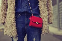 Jeans Pull&Bear - AW 12-13 Shirt Mango - Old Abrigo/Coat Zara - AW 11-12 Bolso/Bag Accessorize - AW 11-12 Pulsera/Bracelet Agatha - AW 11-12...
