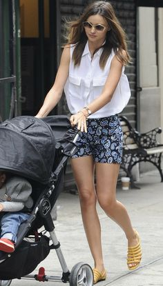 bc58d03062f70 See how our favorite style-setters wear paisley! Miranda Kerr Style