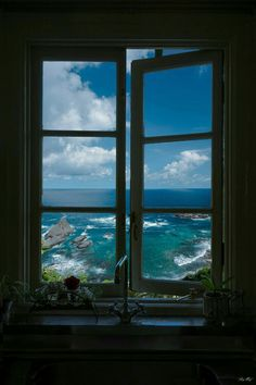 20 Ideas For Vintage Nature Photography Adventure Life Beautiful World, Beautiful Places, Window View, Through The Window, Travel Aesthetic, Aesthetic Pictures, Aesthetic Wallpapers, Places To Go, Nature Photography