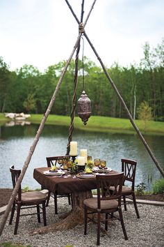 Comer junto al lago