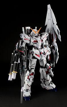 GUNDAM GUY: MG 1/100 Unicorn Gundam w/ Armed Armor DE - Custom Build