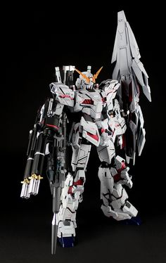 GUNDAM GUY: MG 1/100 Unicorn Gundam w/ Armed Armor DE - Custom Build