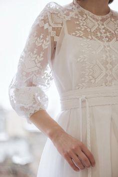 Дизайнерська сукня з вишивкою, фото 3