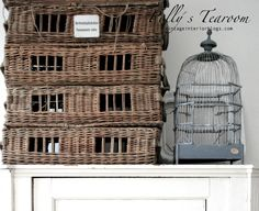 Polly´s tearoom Archives - Page 2 of 2 - Vintage Interior French Baskets, Vintage Baskets, Vintage Decor, Vintage Farmhouse, Farmhouse Style, Wicker, Rattan, Bird Cages, Beautiful Space