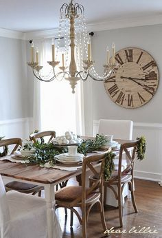 2013 Christmas House Tour by Dear Lillie -- lovely dining room! Shabby Chic Kitchen, Rustic Kitchen, Dear Lillie, Rustic Wall Decor, Rustic Backdrop, Bedroom Rustic, Rustic Curtains, Rustic Nursery, Rustic Theme