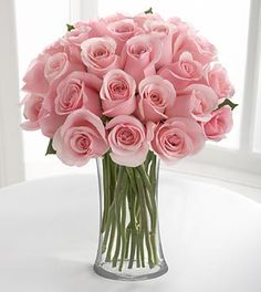 I love roses and the color pink :)