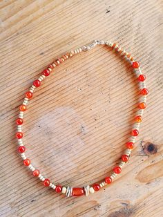 Collane medie - Collana boho con corniola legno e madreperla - un prodotto unico di Valeria-Draws su DaWanda