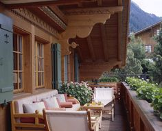 Mlinaric, Henry and Zervudachi - Chalet in Gstaad