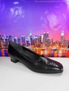 Womens shoes CALIFORNIA MAGDESIANS Black Leather VTG Laces career pumps sz 8.5 M
