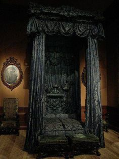 Gothic Victorian Bedroom Check us out on Fb- Unique Intuitions Victorian Bedroom, Victorian Gothic, Gothic Bedroom Decor, Emo Bedroom, Master Bedroom, Fantasy Bedroom, Canopy Bedroom, Dark Gothic, Victorian Decor